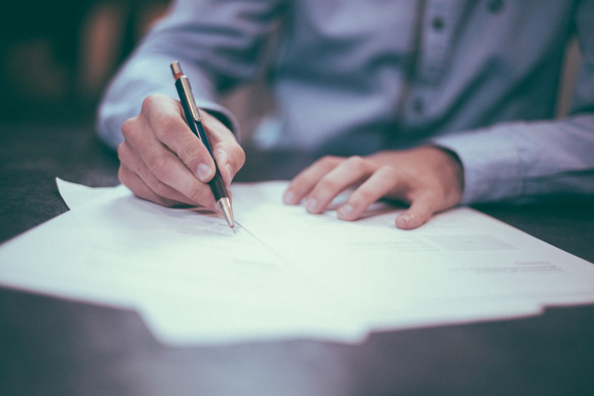 Tips for Hiring the Right Legal Messenger Service