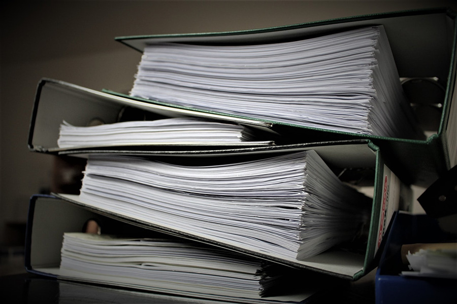 How to Hire the Right Records Retrieval Legal Services