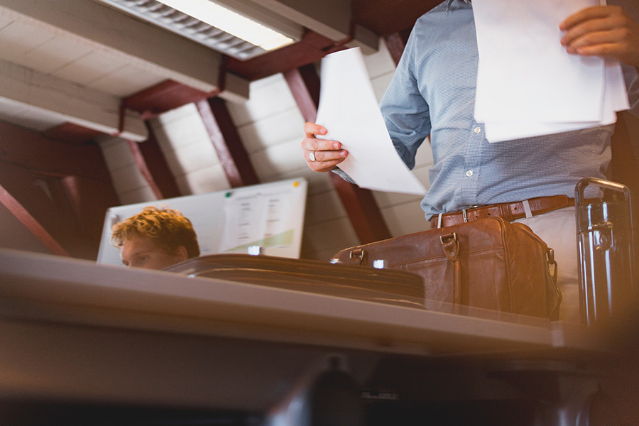 How to Hire the Best Legal Messengers for Your Firm